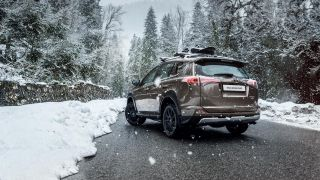 00007-rav4-adventure-winter 1600x900 tcm-3020-1264718